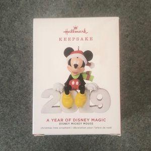 Hallmark keepsake Mickey ornament 2019